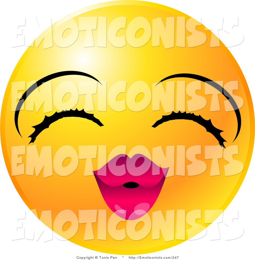 1024x1044 Kissing Smiley Face Clipart