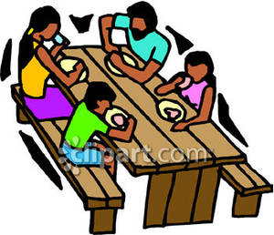 300x258 Family Eating At A Picnic Table