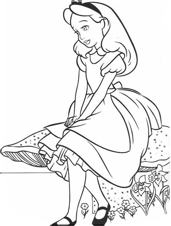 600x794 Lovely Alice In Wonderland Coloring Page