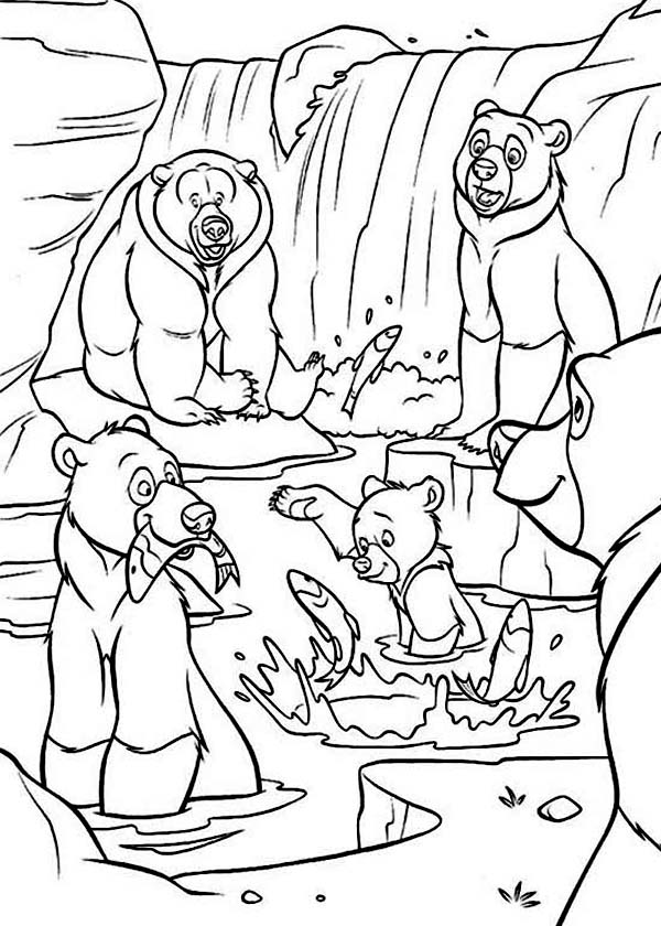 600x840 Koda The Bear And His Family Catching Fish In Brother Bear