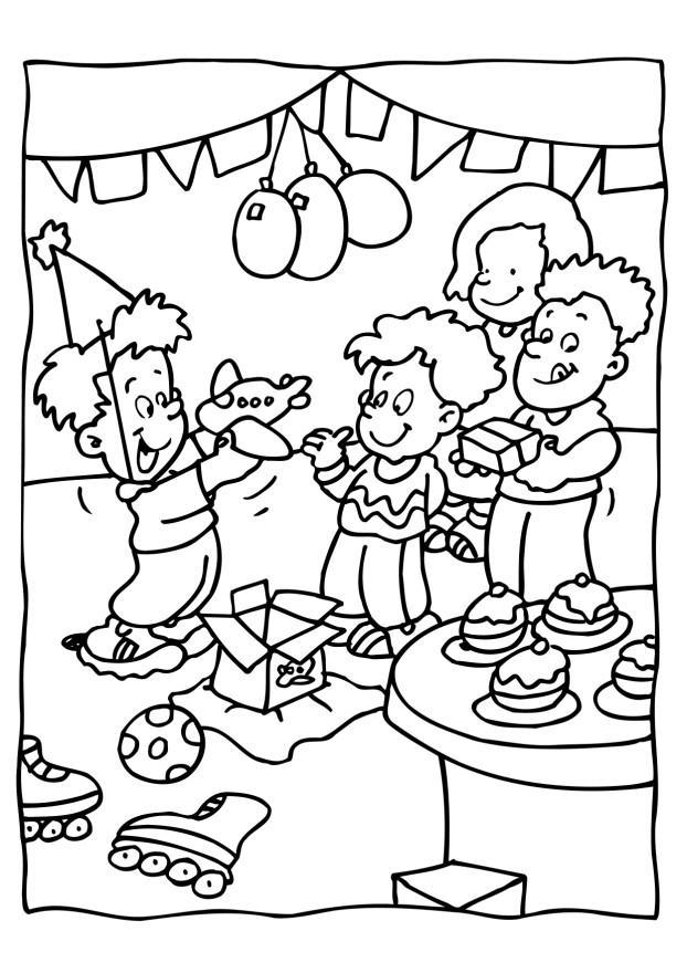 622x880 Coloring Page Birthday Party