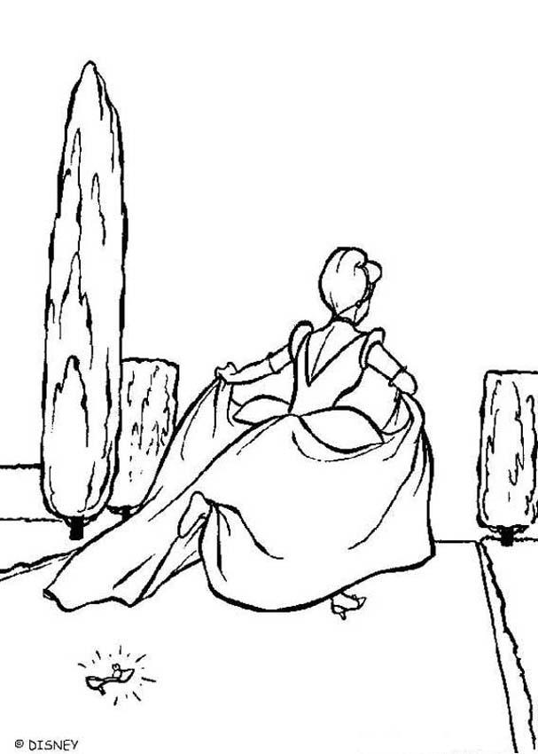 607x850 Cinderella's Slipper Coloring Pages