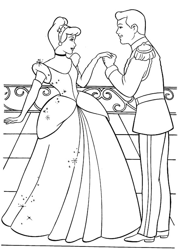 600x823 Cinderella And Prince Charming Are In Love In Cinderella Coloring