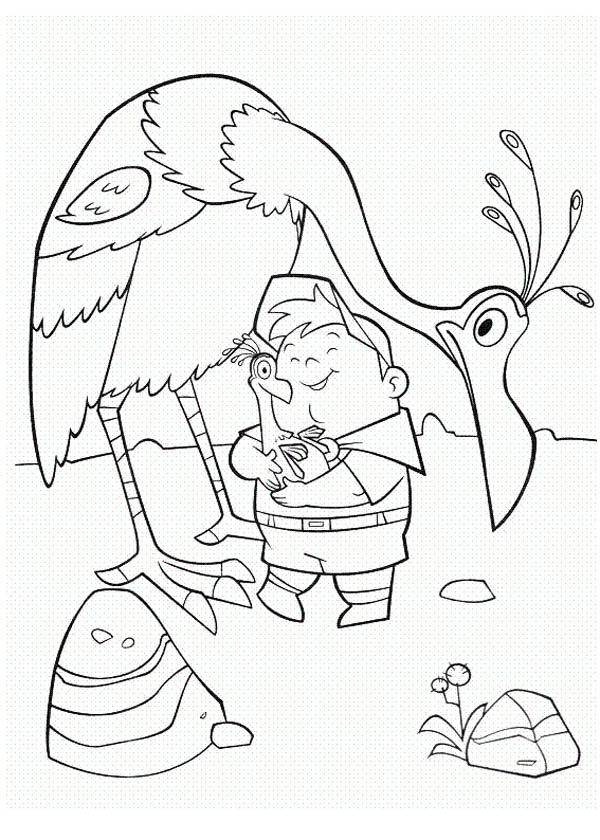 600x840 Russell Hold Kevin The Bird Baby's In Disney Up Coloring Page