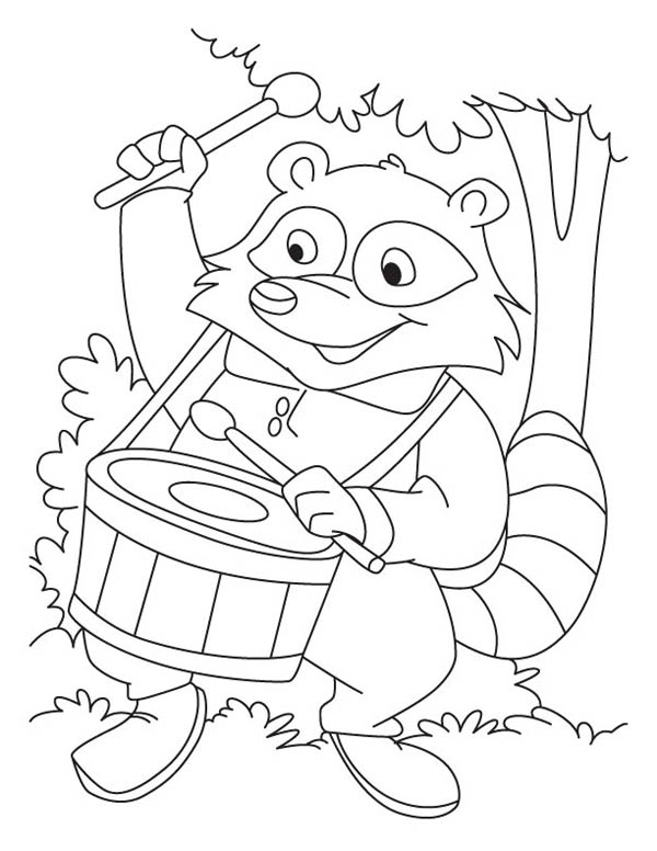 600x776 Raccoon Playing Drum Coloring Page