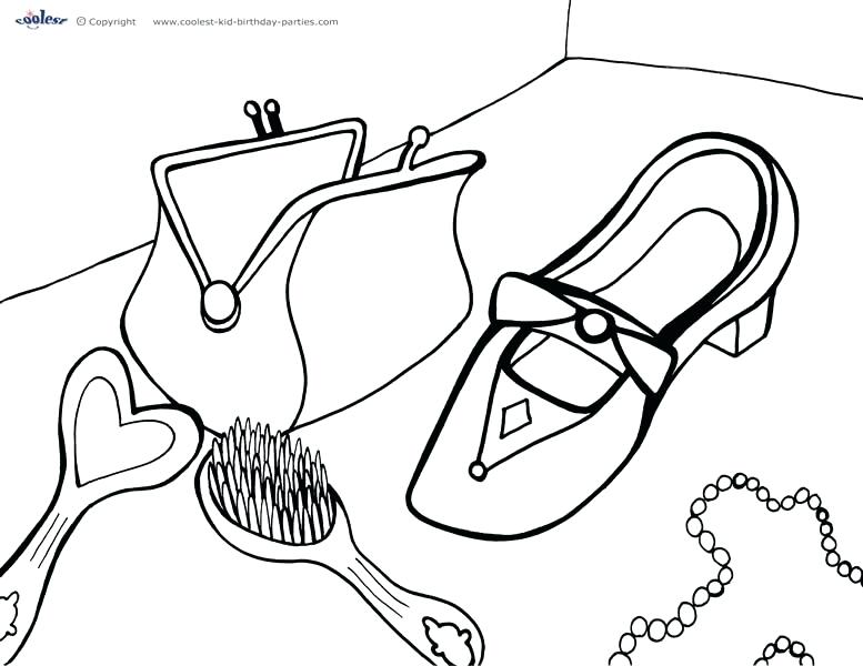 777x600 Clothing Coloring Page