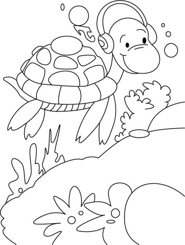 600x796 Sea Turtle Listening Music With Earphone Coloring Page