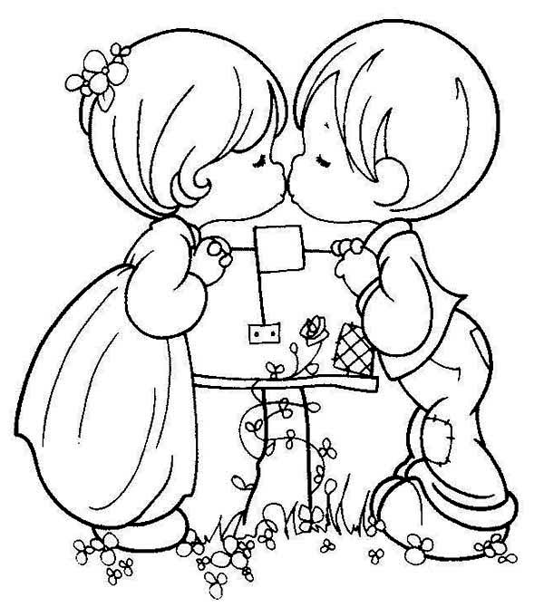 600x670 Pretty Design Ideas Boy And Girl Coloring Pages Little Boy