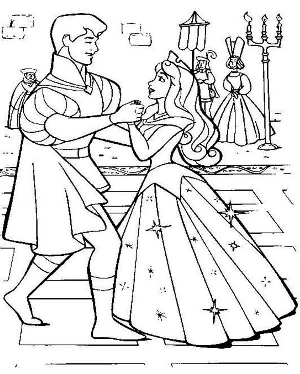 600x747 Princess Aurora Wedding Dance With Prince Phillip In Sleeping