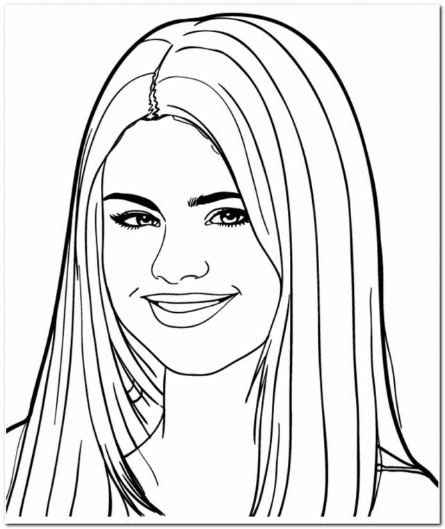 640x761 Selena Gomez