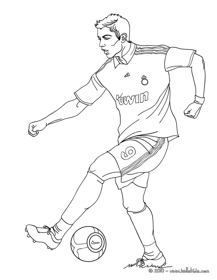 820x1060 Christiano Ronaldo Playing Soccer Coloring Pages