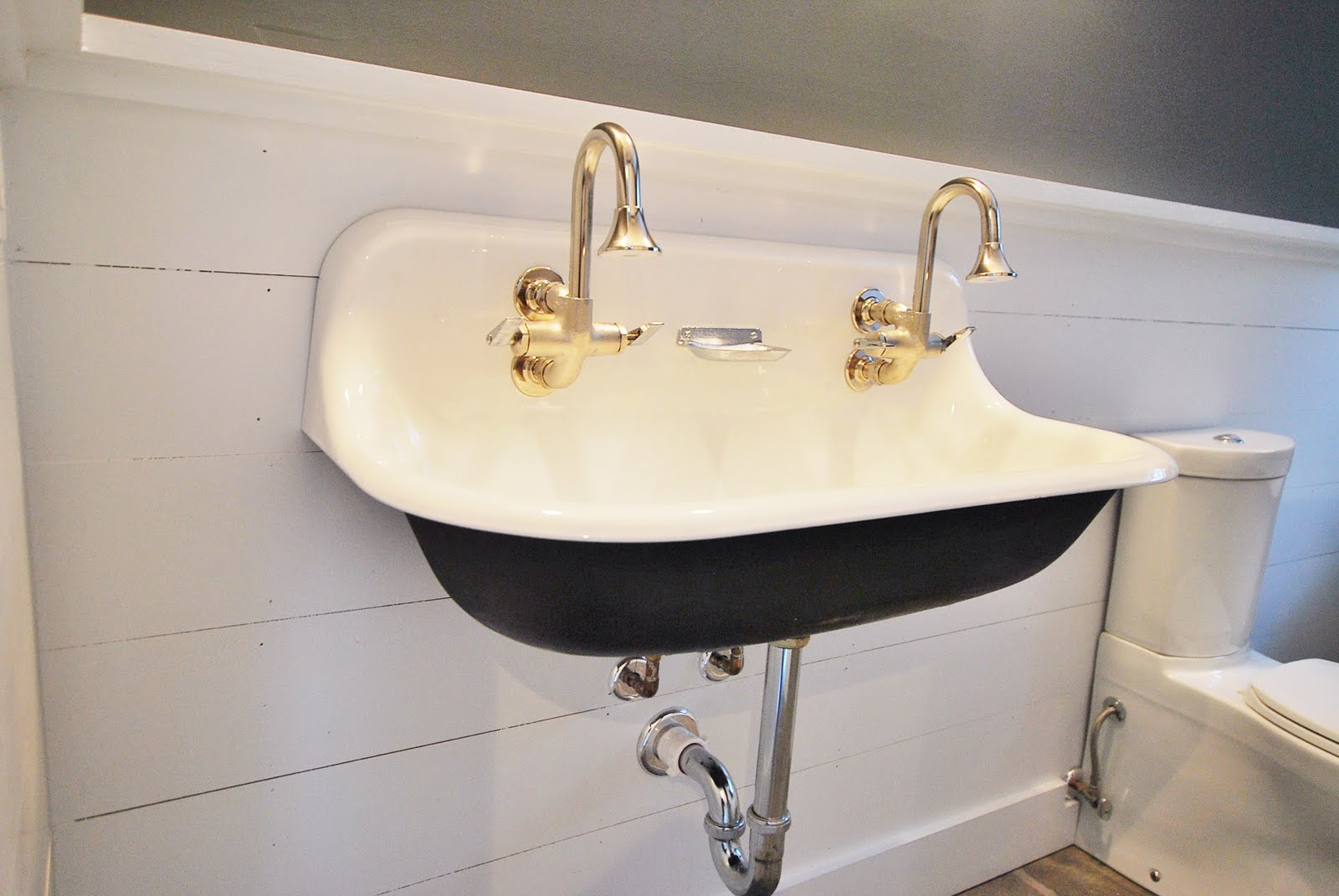 montclair mounted sink instyle newport mount faucet bathworks large brass nwp new lavatory htm wall bathroom faucets