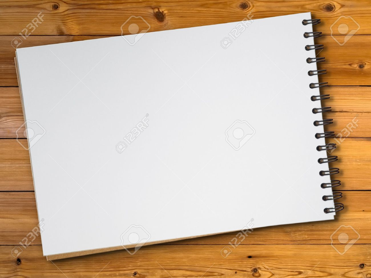 1300x975 White Blank Page Sketch Book On Wood Table Stock Photo, Picture