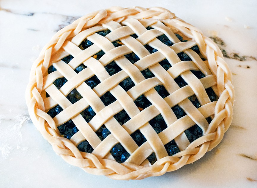 865x635 Lattice Top Blueberry Pie