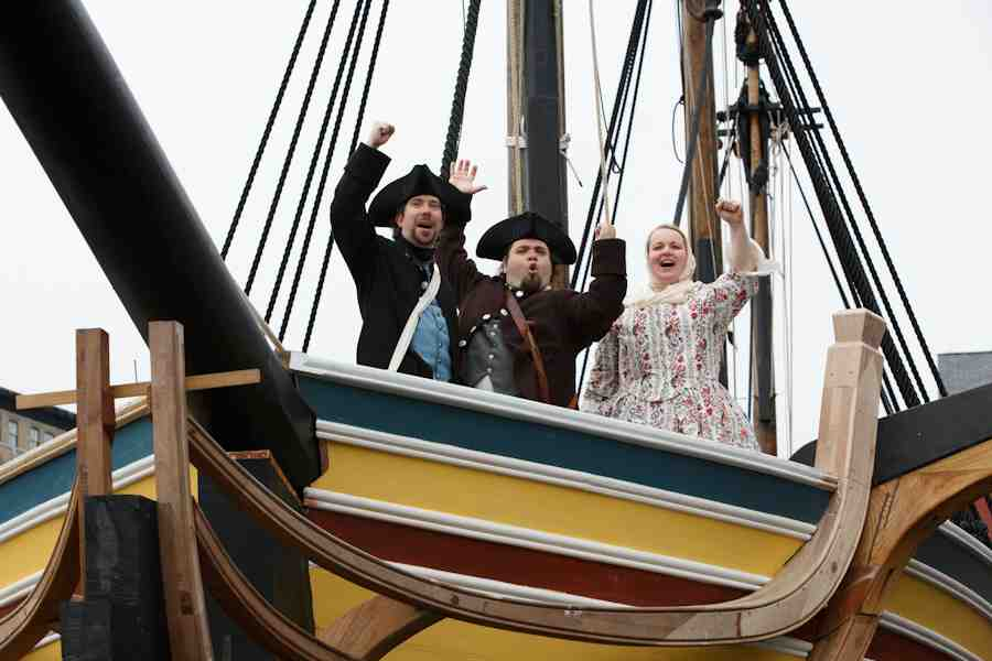 900x600 Massachusetts Boston Tea Party Ships And Museum Cars Travel Food