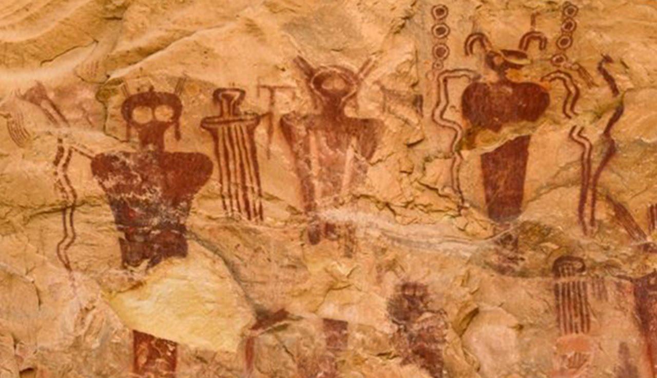 1280x737 10 Cave Paintings That Depict Ancient Aliens