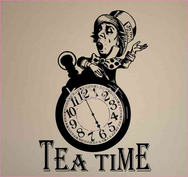 640x602 Alice In Wonderland Clock Drawing