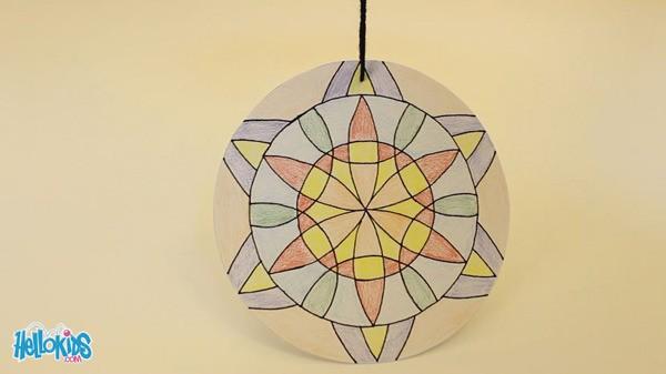 600x337 Make A Mandala Compass Flower
