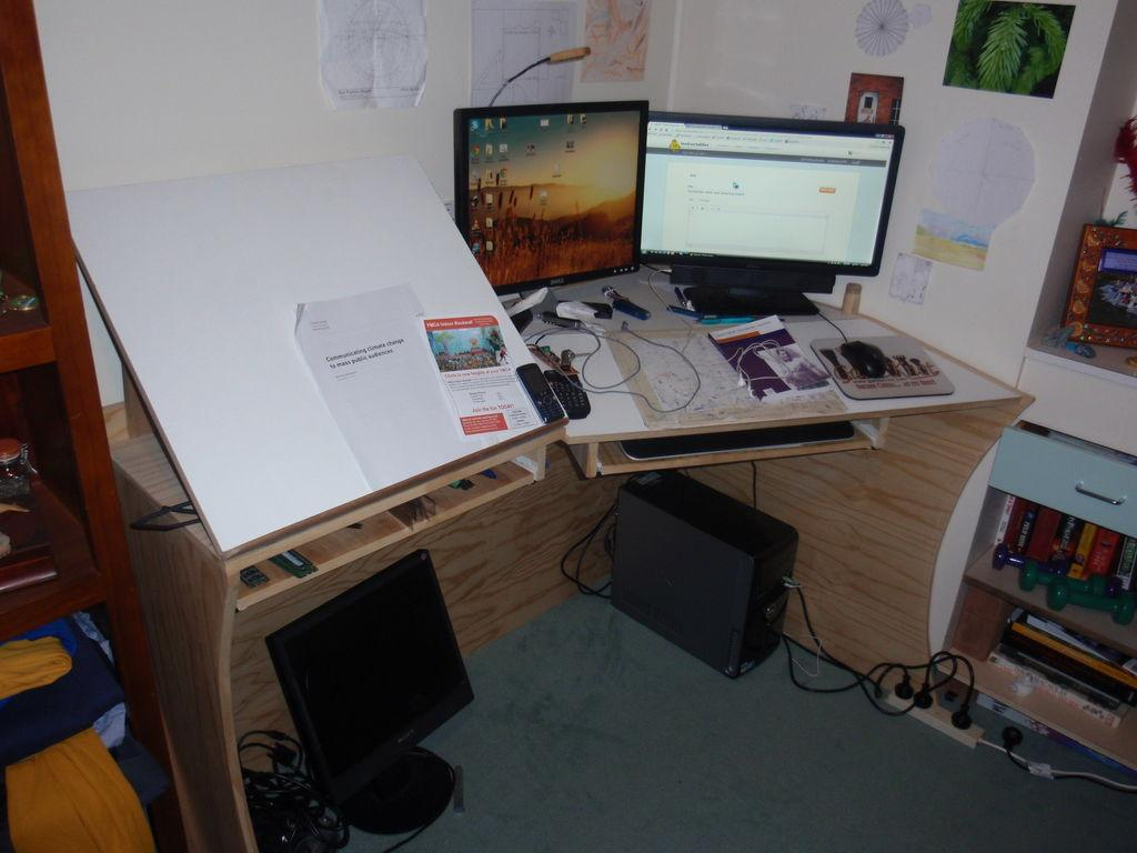 1024x768 Diy Tutorial Dorm Room Crafts Computer Desk And Drawing