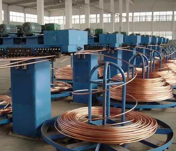 612x526 Automatic Wire Drawing Machine , Copper Wire Straightening Machine