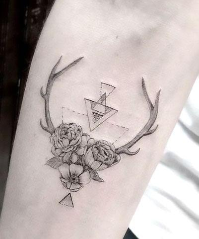401x481 Deer Tattoo Meaning