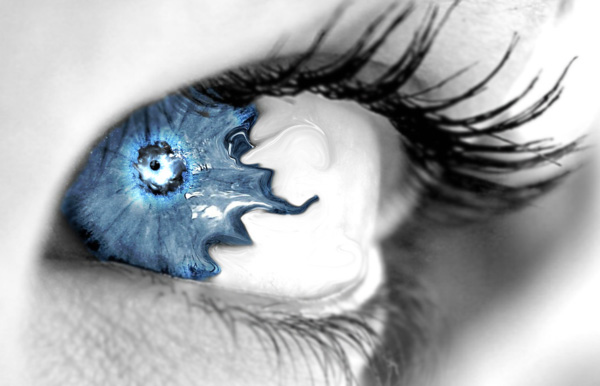 600x386 It39s All In The Eyes 100 Beautiful Photo Manipulations