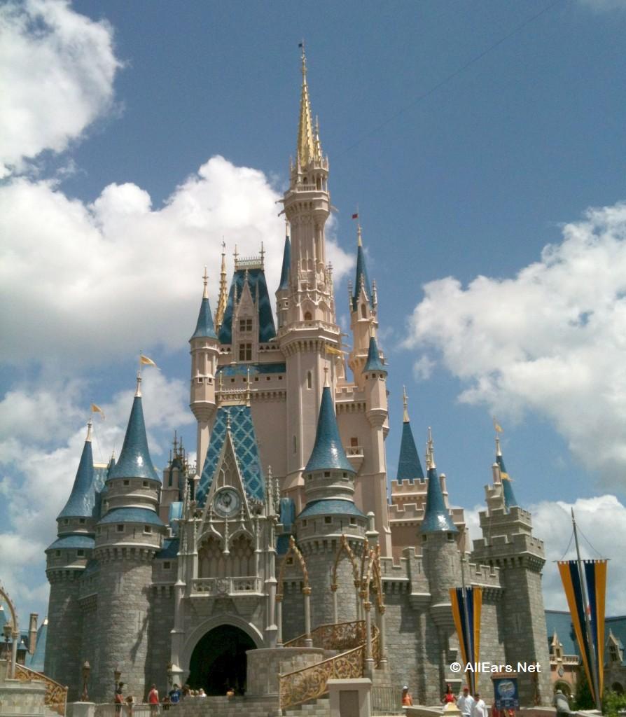 894x1024 Walt Disney World Chronicles Cinderella Castle