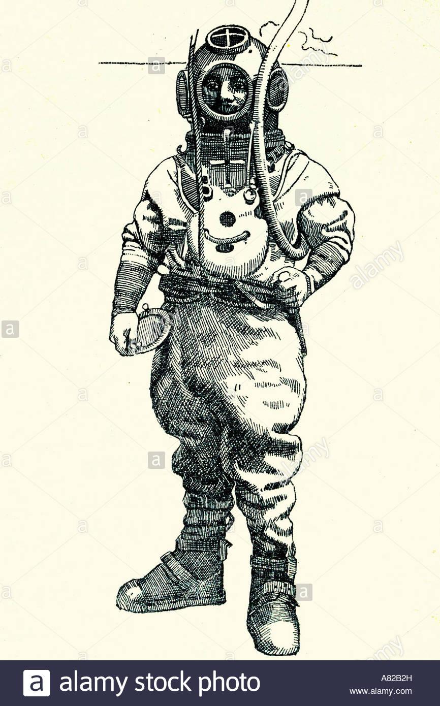 866x1390 Antique Diving Suit. Antique Illustration. 1933 Stock Photo