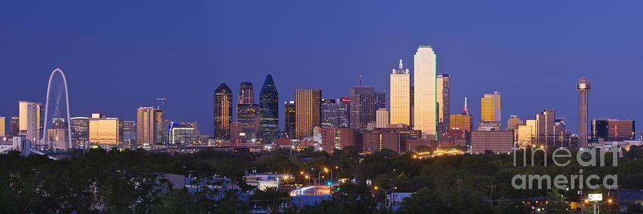 900x300 Downtown Dallas Skyline At Dusk Photograph By Jeremy Woodhouse
