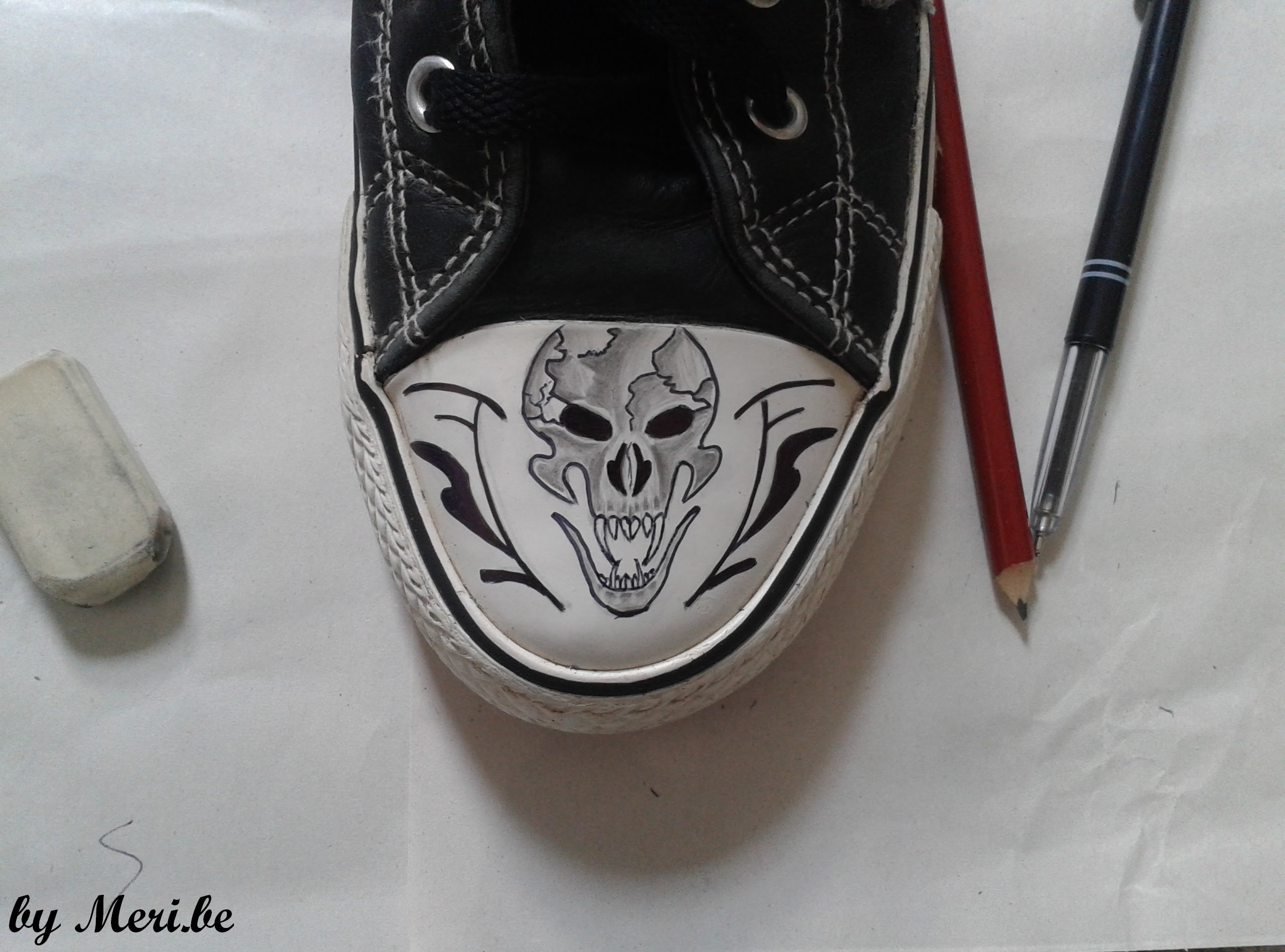 2560x1897 Drawing Skull On Converse Shoes