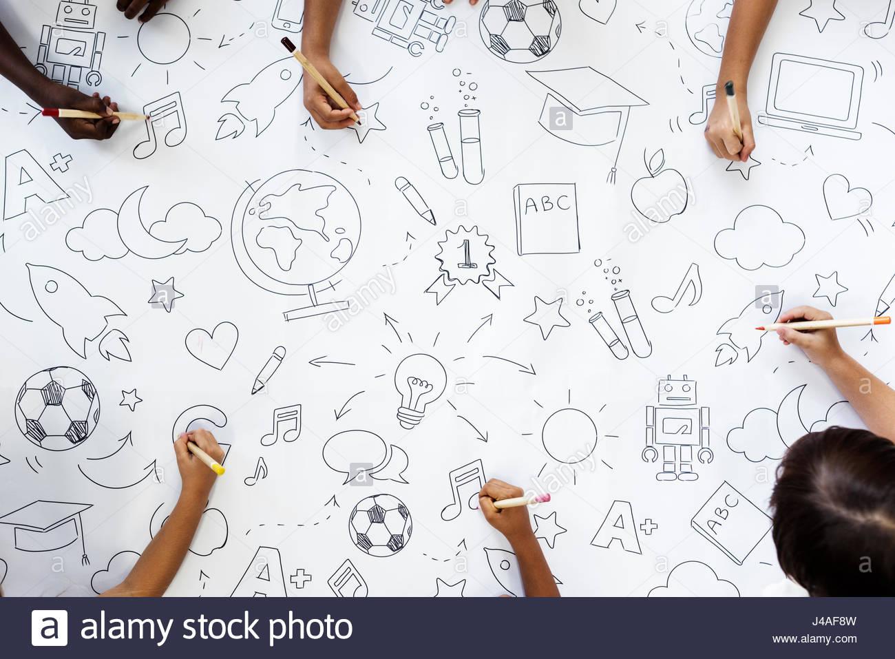 1300x957 Kids Drawing Paper 2