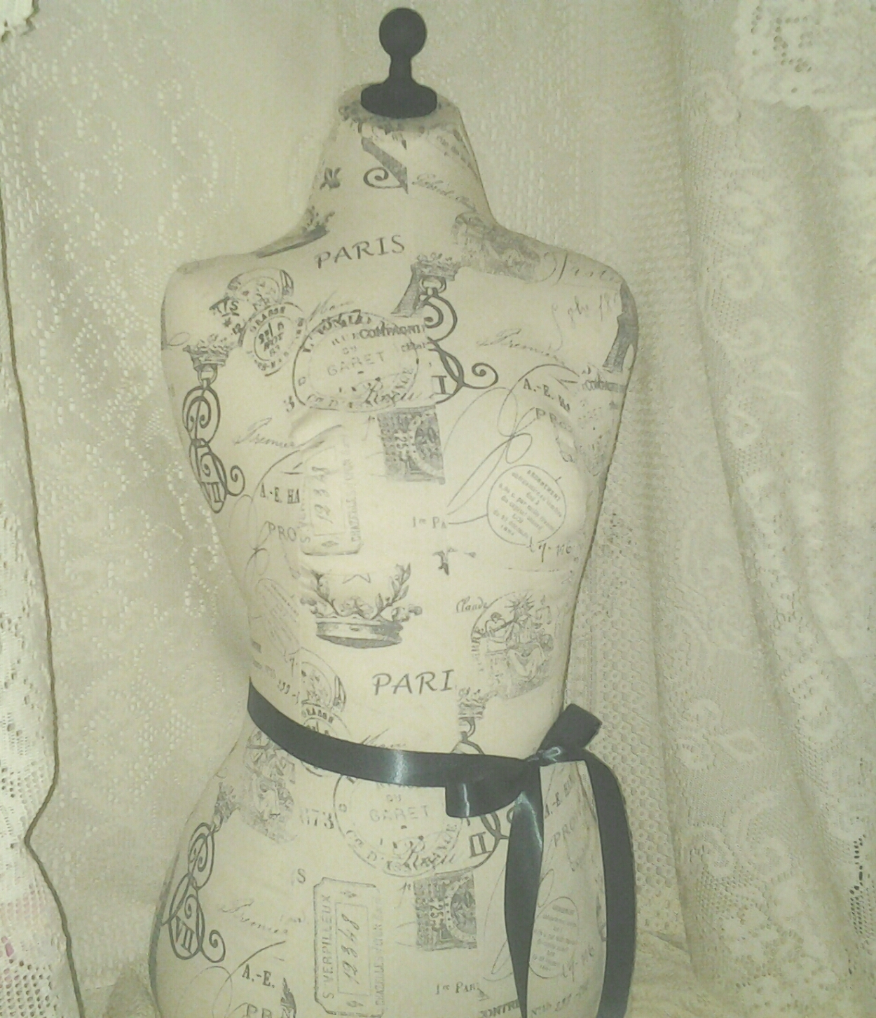 1250x1453 Boutique Dressm Designs With Stand. Life Size Torso Great