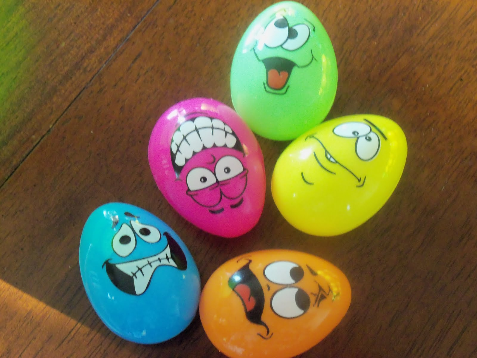 Egg Character Design Ideas : Easter eggs drawing at getdrawings free for personal use