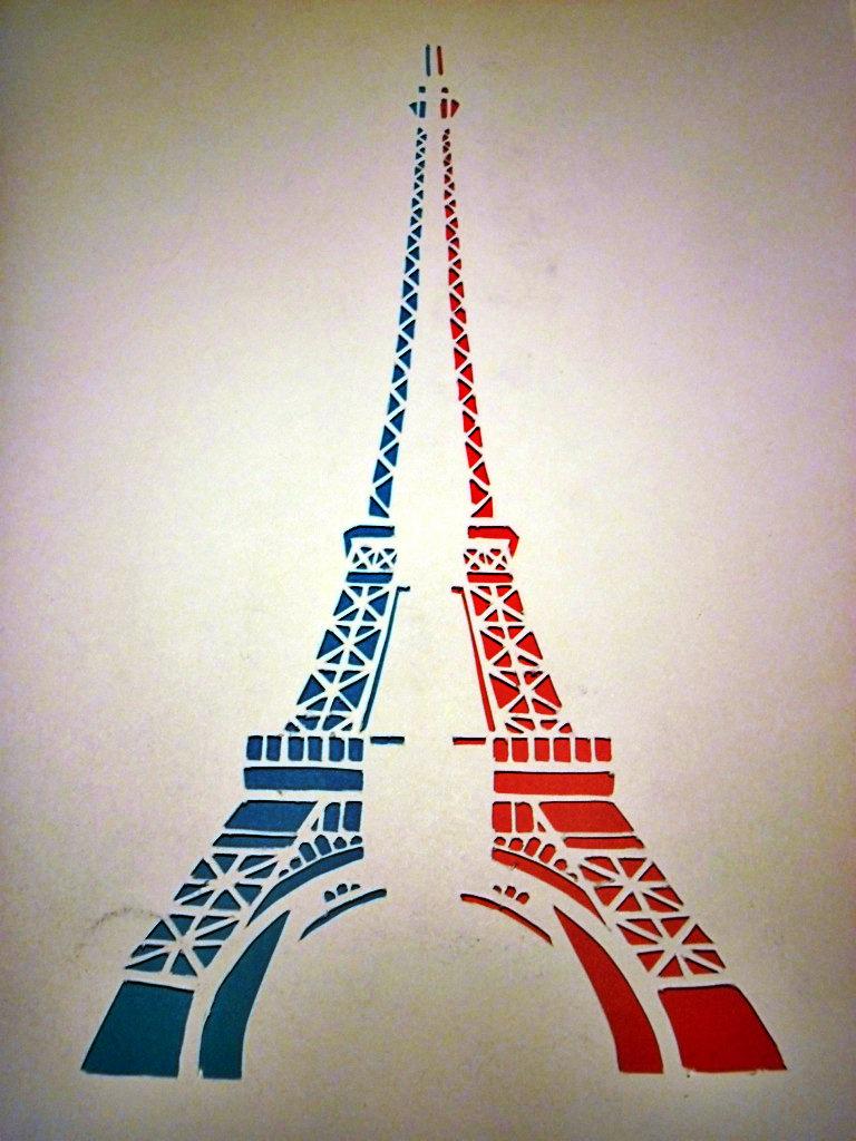 768x1024 Eiffel Tower By Incatern