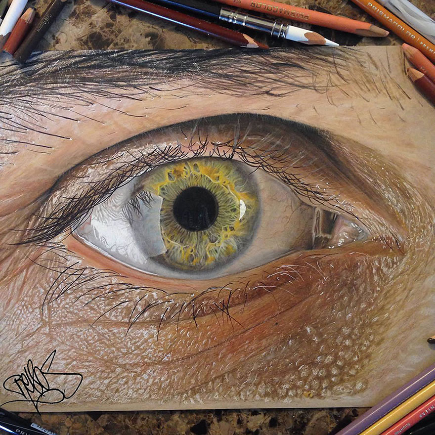880x880 19 Year Old Artist Draws Unbelievably Realistic Eyes Using Just