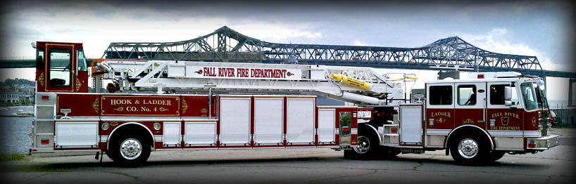 818x262 Tractor Drawn Aerial Fire Trucks