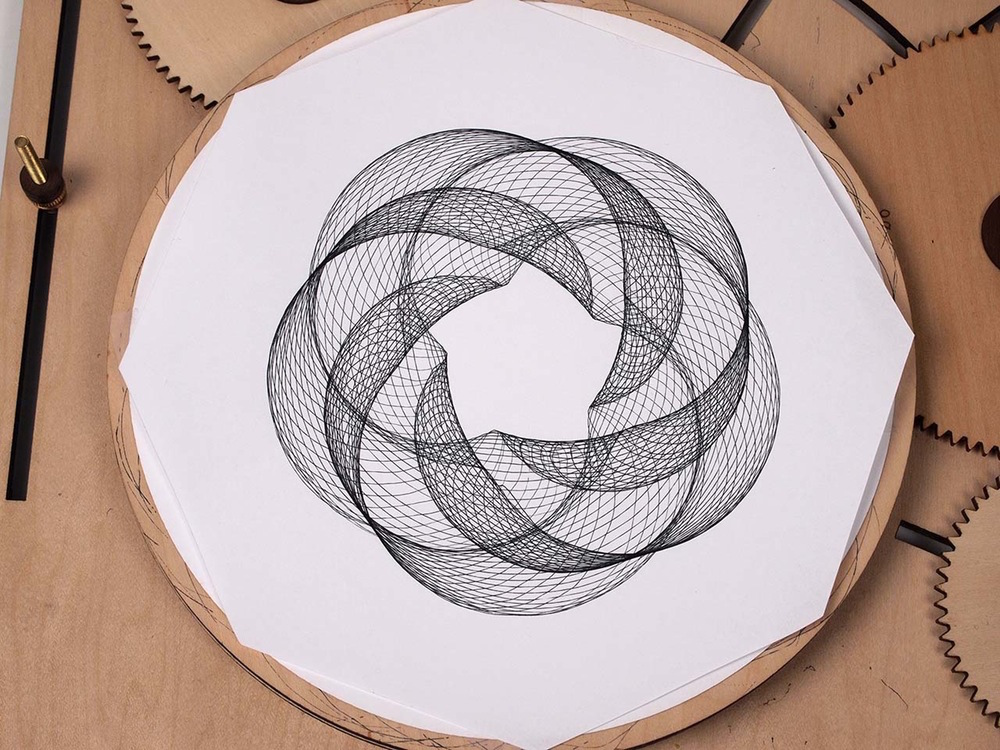 1000x750 Crank Out Infinite Geometric Designs With The Wooden Cycloid