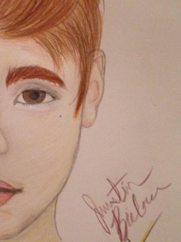 600x800 Sidney Wallace On Twitter Half Face Drawing Of Justin Bieber