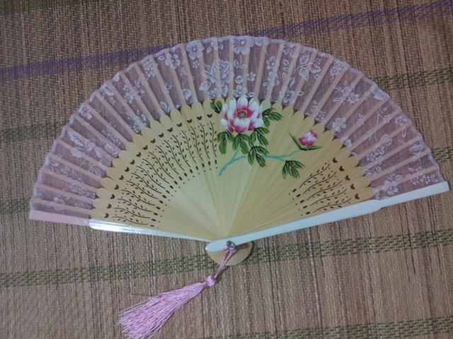 640x480 Vintage Mixed Color Chinese Drawing Silk Bamboo Folding Hand Fan