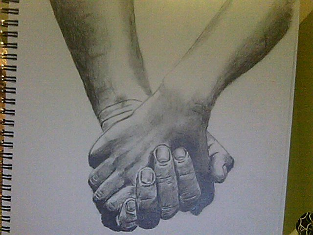 640x480 Hands Holding Each Other Drawing