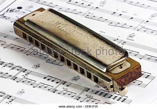 640x447 Harmonica Stock Photos Amp Harmonica Stock Images