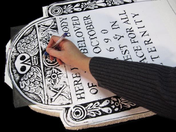 616x462 How To Make Styrofoam Tombstones For Halloween How Tos Diy