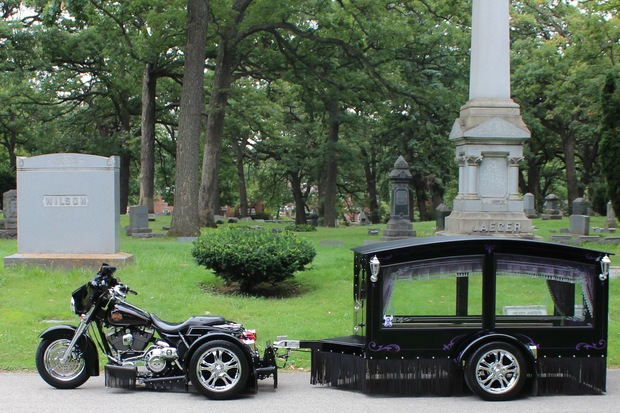620x413 This Motorcycle Drawn Hearse Is