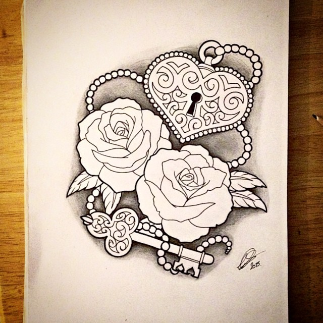 640x640 Some Roses With A Heart Shaped Lock And Key And Some Beads