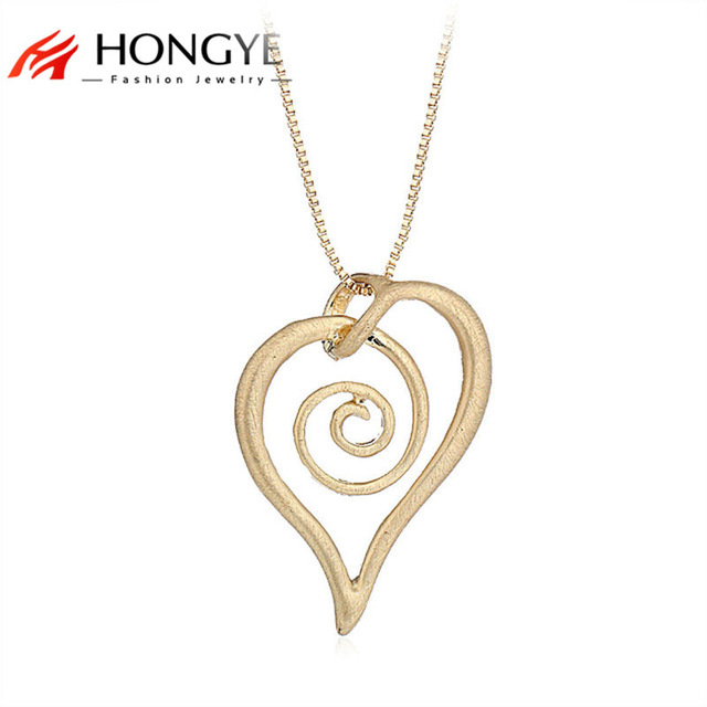 640x640 Simple Unique Alloy Silver Gold Necklace Wire Drawing Snail Heart