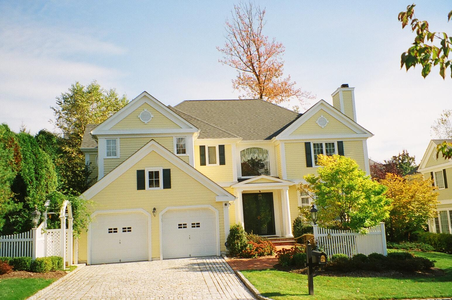 1545x1024 Nice Yellow Exterior House Drawing With White Garage Door Can Add