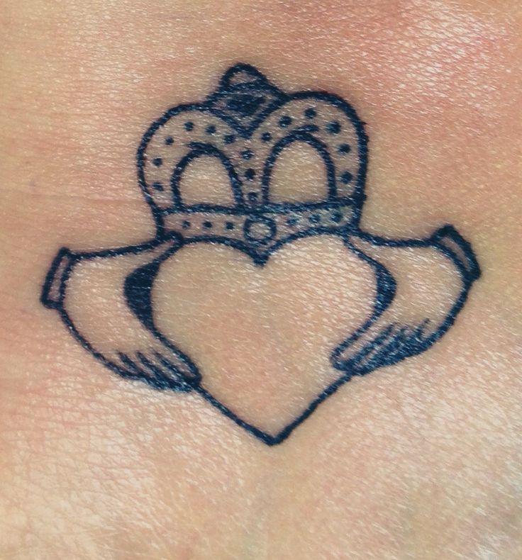 736x790 Irish Claddagh Tattoos