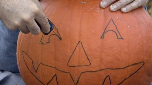 512x288 Drawing Amp Cutting The Jack O Lantern Face Monkeysee Videos