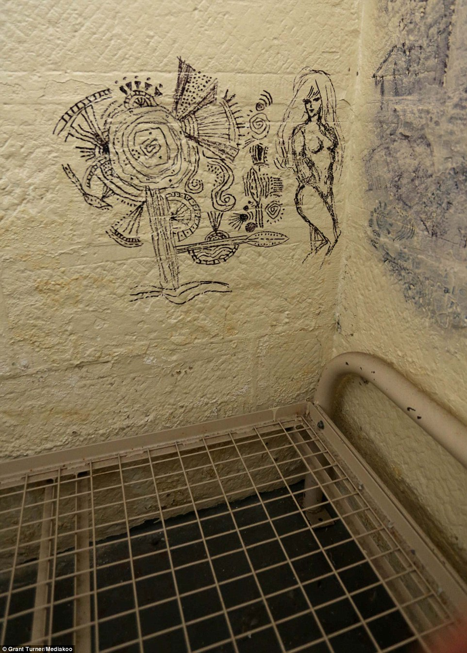 962x1345 Jail Cell Drawing