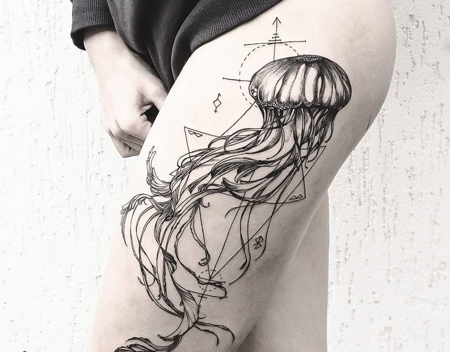 Compass Tattoo Line Drawing : Jellyfish tattoo drawing at getdrawings free for personal